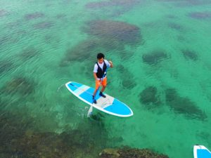 宮古島の透明度抜群の海でSUP体験