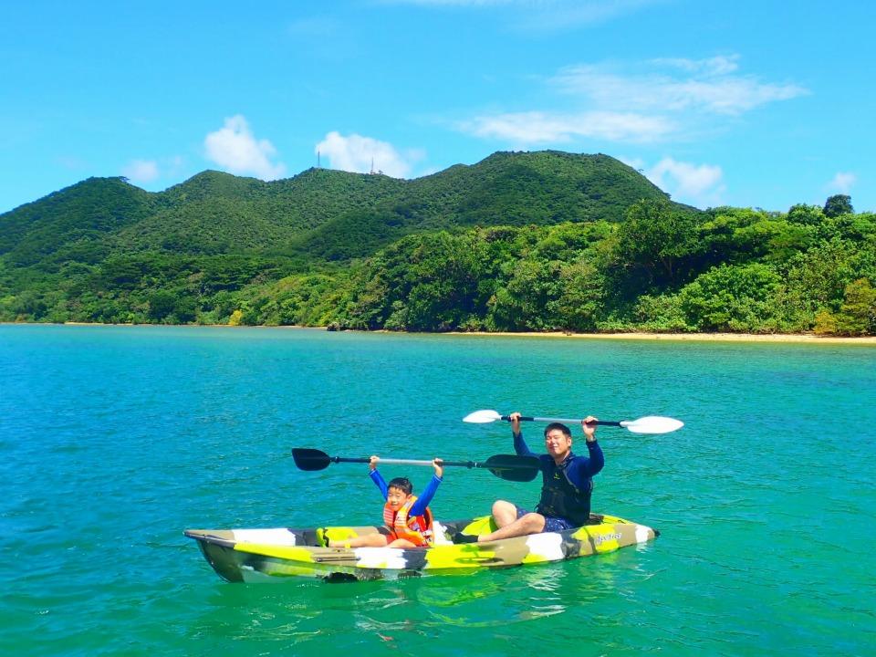 川平湾でのシーカヤック体験