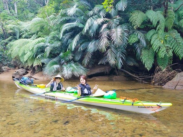 マングローブ川でカヌー体験
