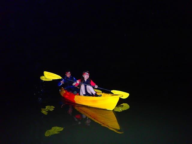 カップルでナイトカヌー体験