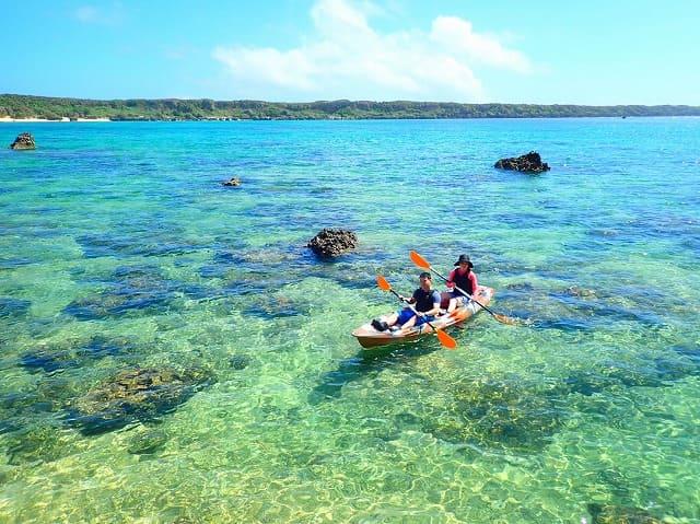 宮古島の海でシーカヤック体験