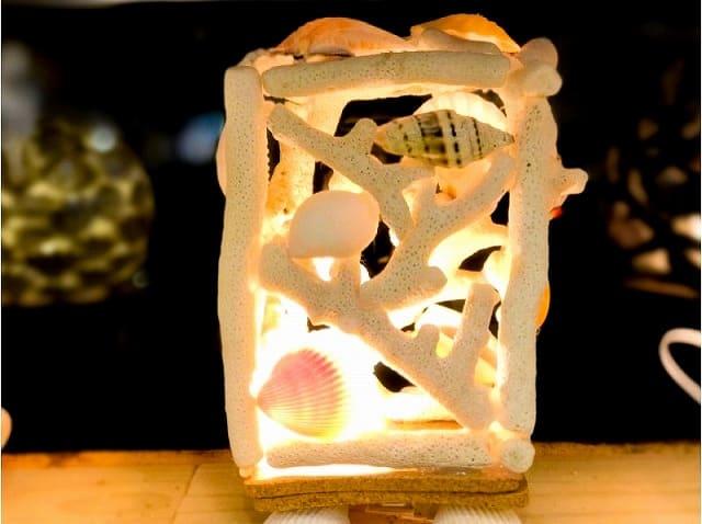 四角いサンゴランプ
