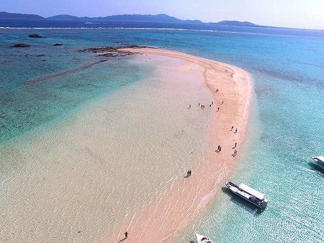 小浜島の砂浜