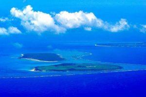 パナリブルーと呼ばれる新城島の海