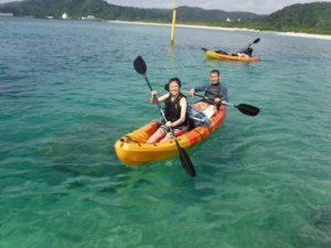 カップルで沖縄シーカヤック体験