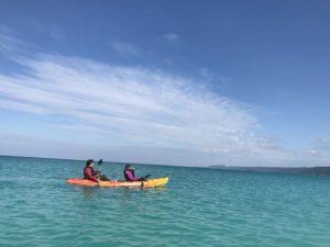 心地よい風を感じながら楽しめる沖縄シーカヤック