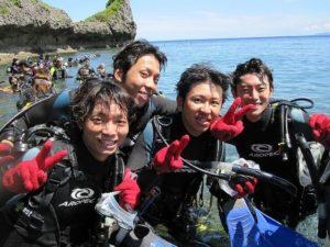 サークル旅行で体験ダイビングに参加