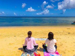 ヒーリングタイムを味わうビーチヨガ体験