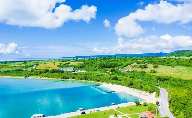 小浜島の上空写真