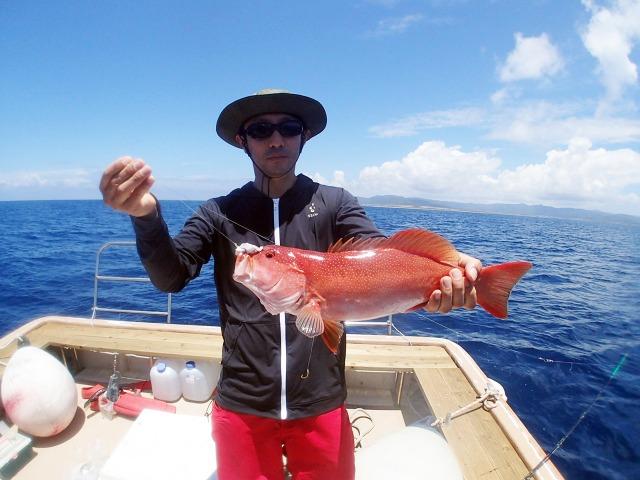 パナリ島でのフィッシングツアー