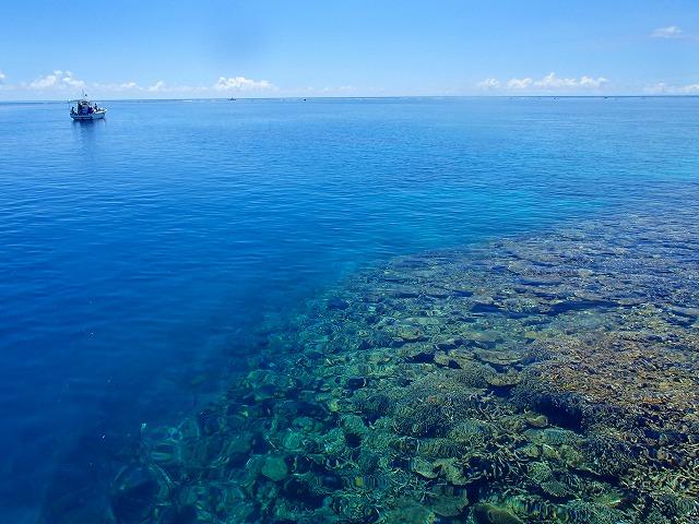 透明度抜群の宮古島の海