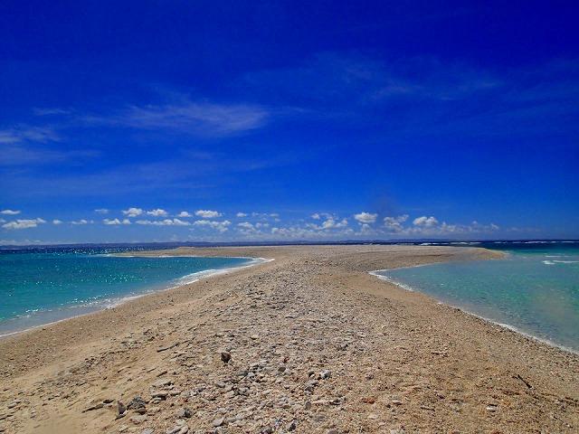 サンゴ礁が隆起できたチービシ諸島