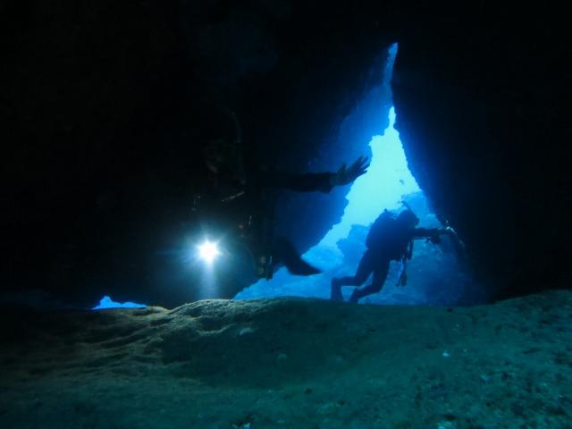 沖縄で貸切体験ダイビング