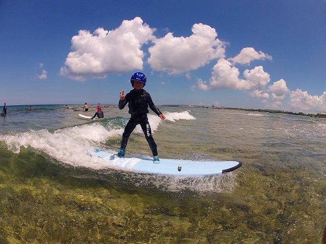 お子様も楽しめるサーフィン