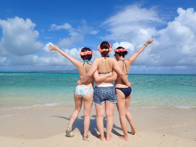 女性3人で幻の島上陸