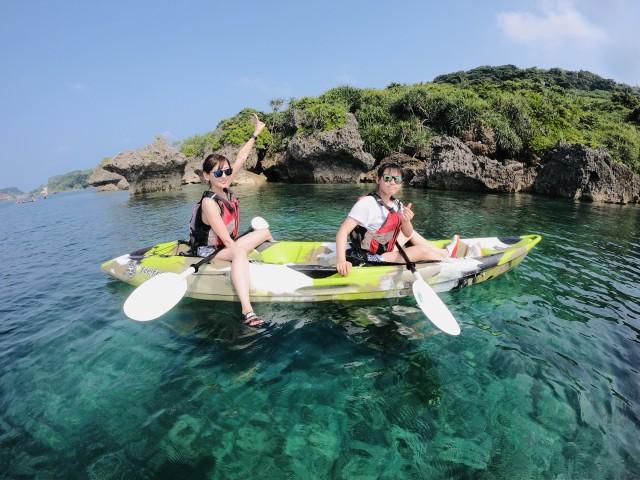 女子旅で沖縄シーカヤック体験