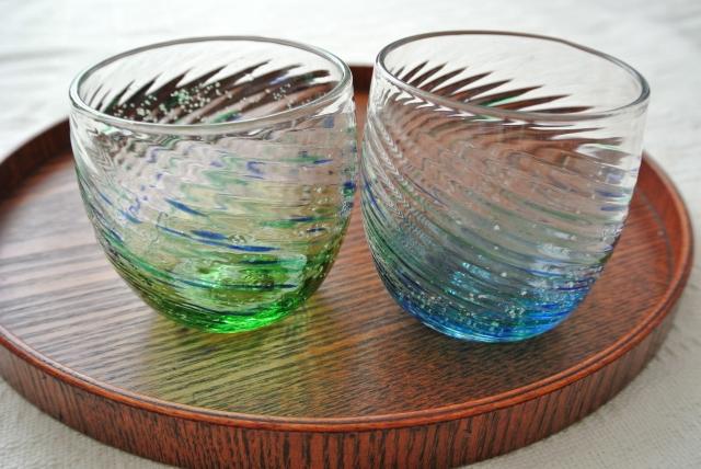 沖縄の琉球ガラスづくり
